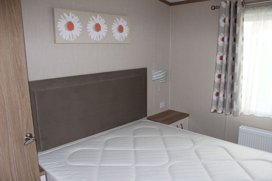 web-dx8-marlow-d-bed1