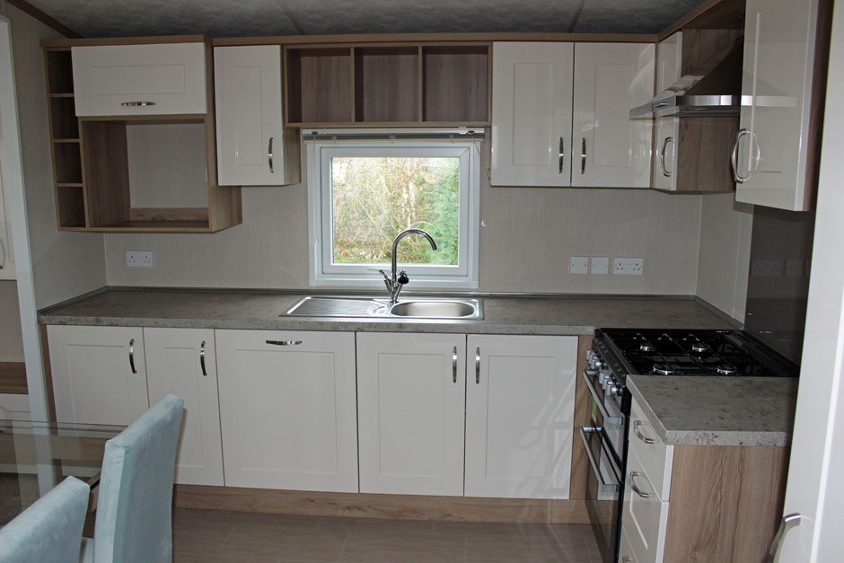web-dx8-marlow-kitchen